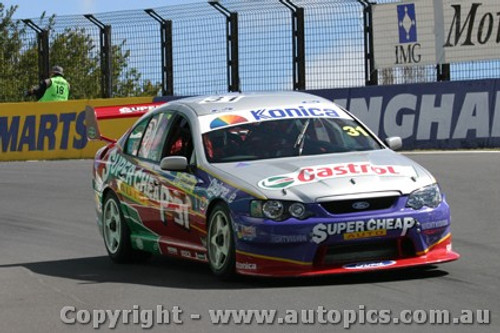 203711 - S. Ellery / L. Youlden - Ford Falcon BA - Bathurst  2003 - Photographer Jeremy Braithwaite