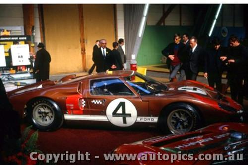 67305 - D. Hulme / L. Ruby-  Ford GT40 Mark IV - Le Mans 24 Hour 1967 - Photographer Adrien Schagen