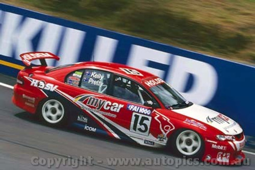 200717 - N. Pretty / T. Kelly  Holden Commodore VT -  Bathurst FAI 1000 2000 - Photographer Craig Clifford