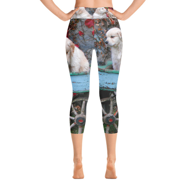 """Rustic Wagon Pups"" Golden Retriever Puppies Women's YOGA Capri Leggings"