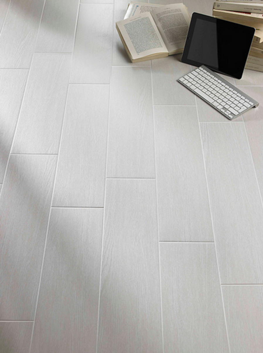 Berylwood Porcelain Tile