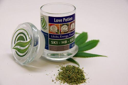 Love Potion Jar (4 grams of ground blend)