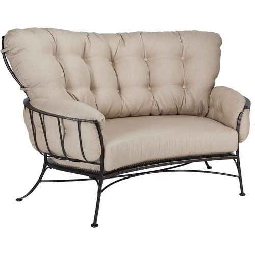 Monterra Crescent Loveseat