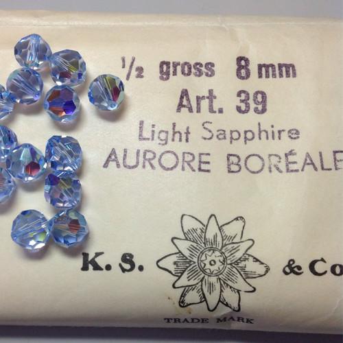 39 Light Sapphire AB 8mm (1)