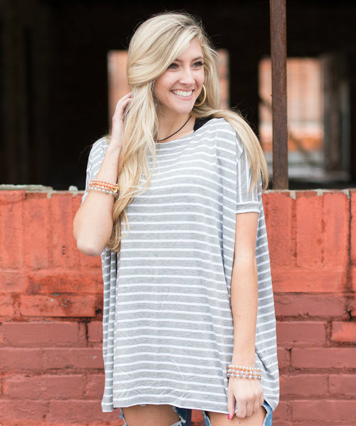 Night & Day | Short Sleeve Scoop Neck Piko | Gray & White Stripes