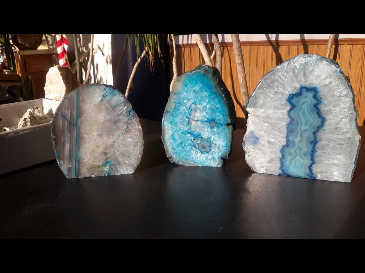 Beautiful Blue Agate PoF Geode Lamp