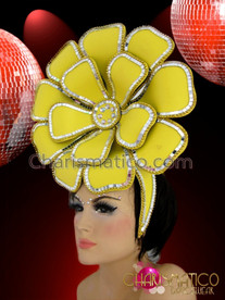 CHARISMATICO Burlesque Mirror Tile Trimmed Bright Yellow Flower Springtime Diva Headdress