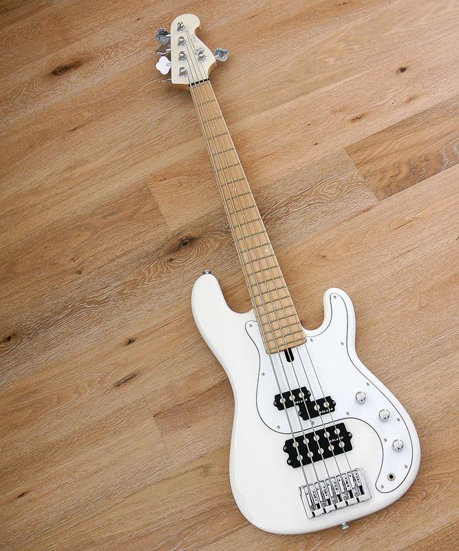 Maruszczyk Instruments - JAKE 5p+ - 5 String Bass in White