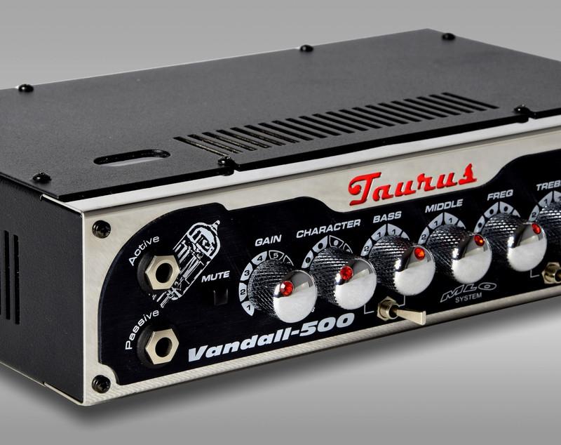 Taurus Amplification - Vandall-500 - 500W RMS - class-D + SMPS Bass Amplifier