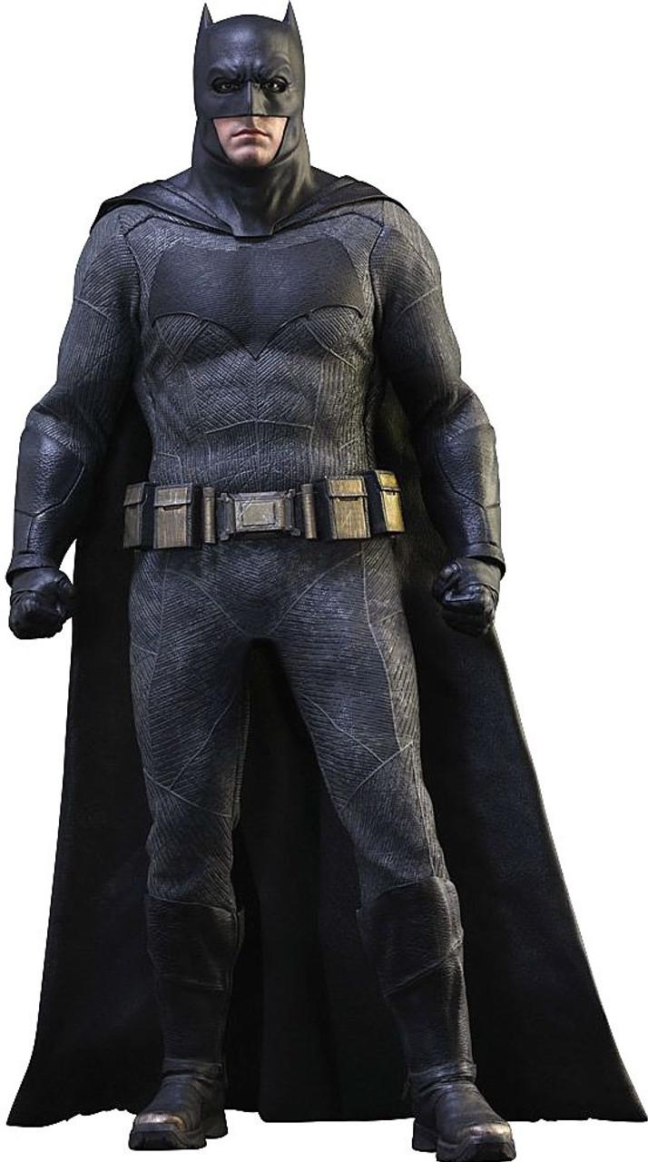 DC Batman v Superman: Dawn of Justice Batman 1/6 Collectible Figure
