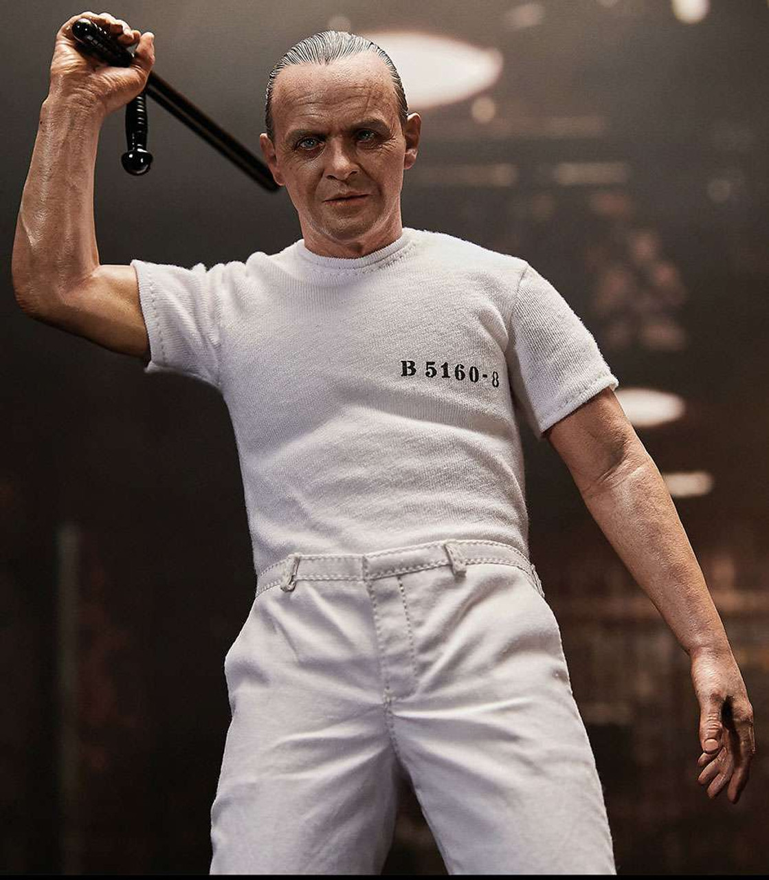 Silence of the Lambs Hannibal Lecter 1/6 Collectible Figure [White Prison Uniform Version] (Pre-Order ships April)