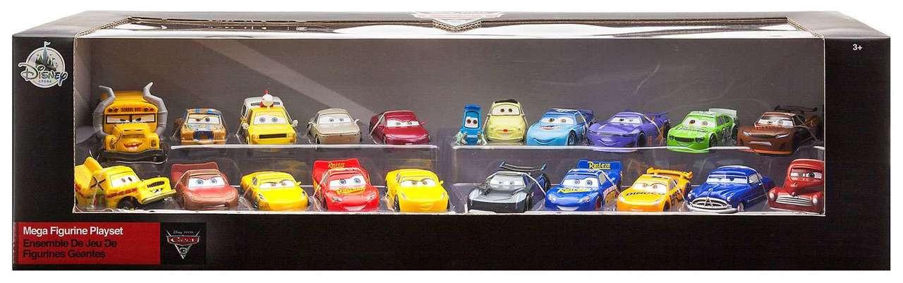 disney cars cars 3 mega figurine playset exclusive 155 disney store toywiz. Black Bedroom Furniture Sets. Home Design Ideas