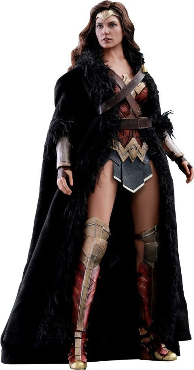DC Justice League Movie Wonder Woman Collectible Figure [Deluxe Version] (Pre-Order ships October)