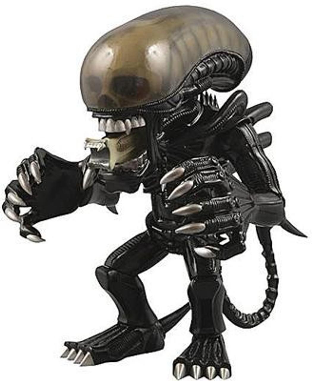 VCD Alien Vinyl Figure