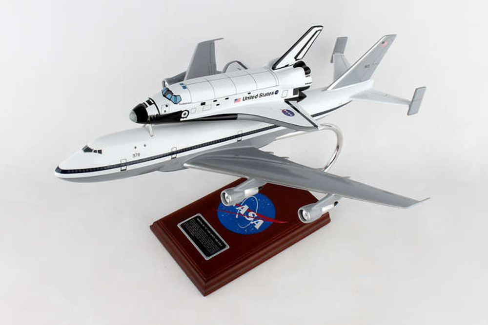 NASA Boeing B747 with Space Shuttle Endeavour 1/144 Scale