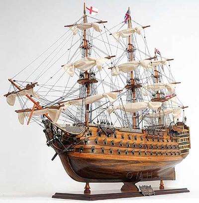 HMS Victory Exclusive Edition Medium