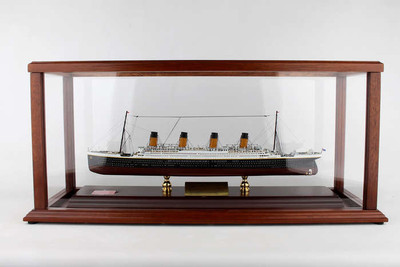 RMS Titanic Ship Model