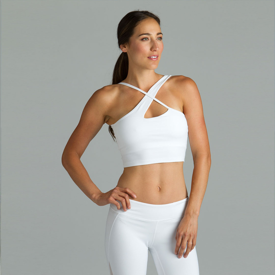 Best Yoga Tops for Large Busts