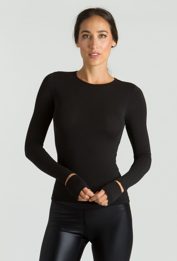 KiraGrace Cut-Out Sleeve yoga Top in black