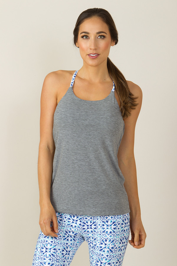 Grace En Pointe Y-Back Yoga Top (Heather Grey/Riviera Tile print)