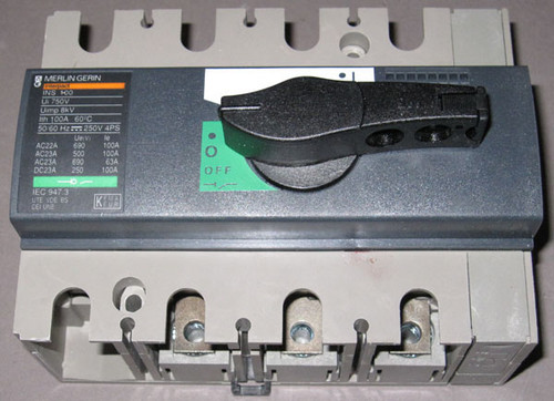 INS100-100A / 28908 - 100A 690VAC 3-phase Switch (Merlin Gerin)