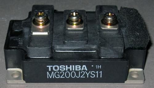MG200J2YS11 - 600V 200A dual IGBT (Toshiba) - Used