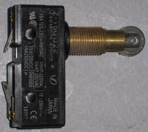 Z-15GQ22 - Switch (Omron) - Used