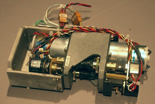 Assembly containing 2 geared DC motors, with encoders and potentiometers - Used