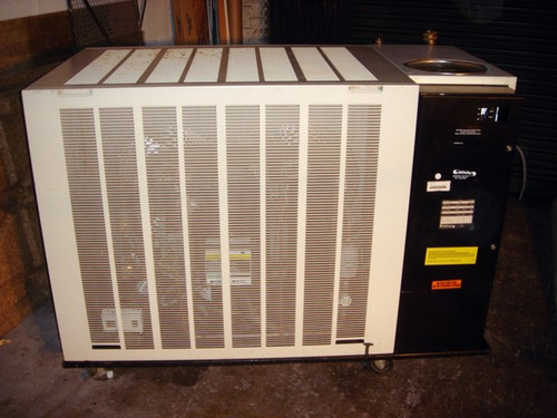 Affinity / Lydall 30kW Air-Cooled Recirculating Chiller, model FAA-120L-EE06CBC, (serial 014091) - Used