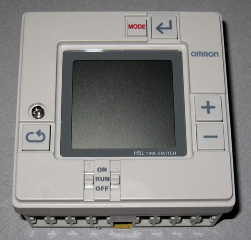 H5L-A - Time Switch (Omron)