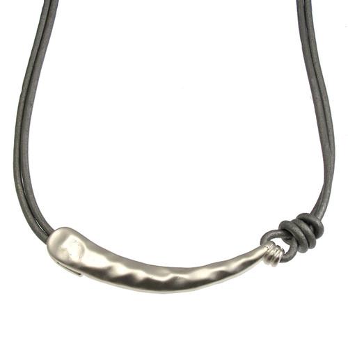 5055-1 - Matte Silver/Grey Hook Pendant Magnetic Clasp