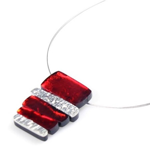 1620-1 - Textured Stack Pendant Red