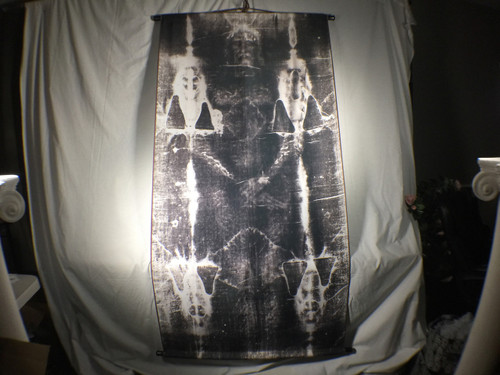 Shroud of Turin Full Size Body Negative on Linen Cloth 6 x 3 feet with Free Book