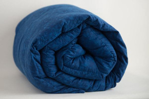 """On Sale and In Stock:  SMALL 6 lb, 38X42"""" Navy Marble 100% Cotton Mosaic Weighted Blanket  25% off"""