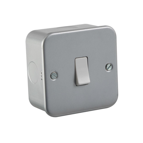 Metal Clad 10A Intermediate Switch (DFL1M1200)