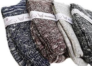 Lian LifeStyle Men's 4 Pairs Pack Combed Cotton Color Socks Size 7-11 Men's Clothing