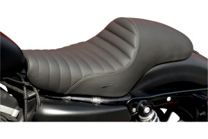 Saddlemen Americano Cafe Seat for '04-13 XL Models w/ 3.3 Gallon Tank -Classic, Pleated