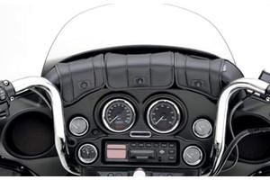Saddlemen Cruis'n Deluxe 3-Pocket Windshield Bag for FLHT, FLHTC, FLHX and FLHTCU w/ 4 Inch and Taller Windshields