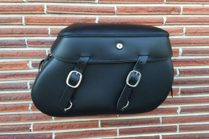 Leather Pro 4000 Series Leather Saddlebags for Harley Softails w/ Stock Exhaust  (NOT for Fat Boy/Deuce/Deluxe) -Plain