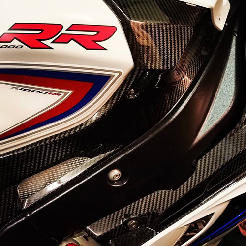 bmw-s1000rr-carbon-fibre-side-panels.jpg