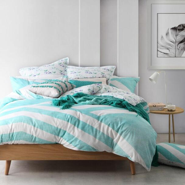 Calippo Teal Queen Quilt Cover Set by Logan & Mason - 5 Pce