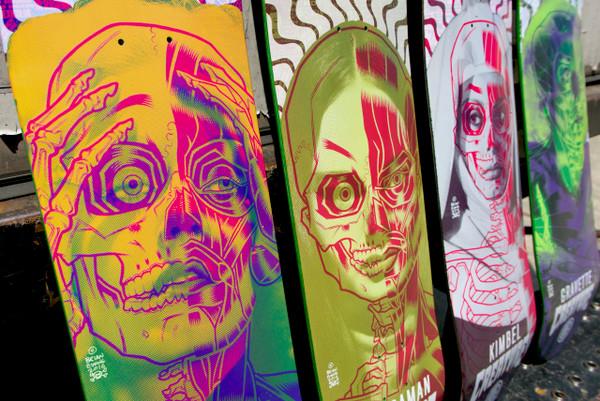 """""""GRAVETTE SKATE DECK"""" creature skateboards"""