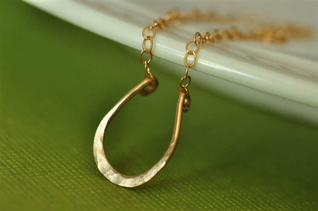 LUCKY HORSESHOE hand forged necklace
