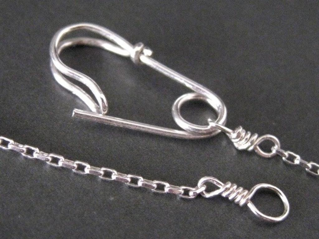 safety pin bracelet -- mu-yin jewelry