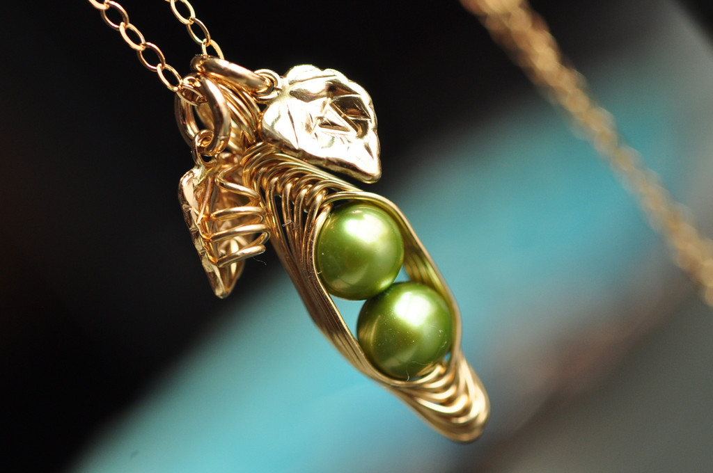 custom peapod necklace with green pearl in 14k gold filled with initial leaves / muyinjewelry.com