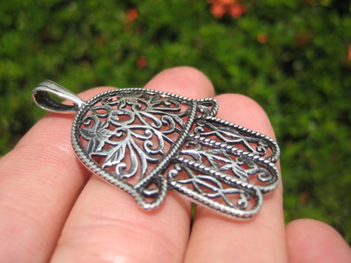 Front horizontal Fine detail Hamsa 925 Silver Pendant picture from Thailand