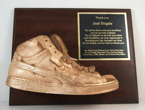 Golden Shoe Award Plaque