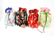 Roses in bloom Project Bag