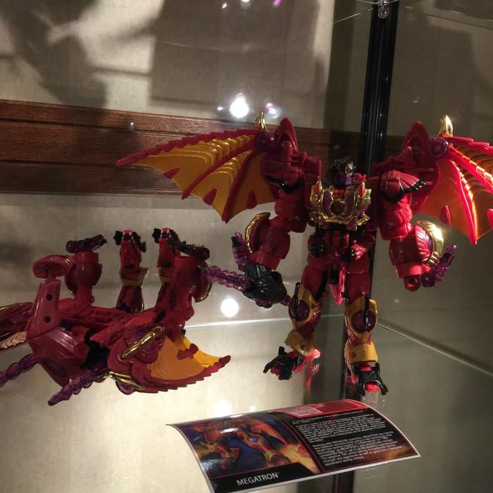 Botcon 2016 - Souvenir Figure - Megatron (LE 850)