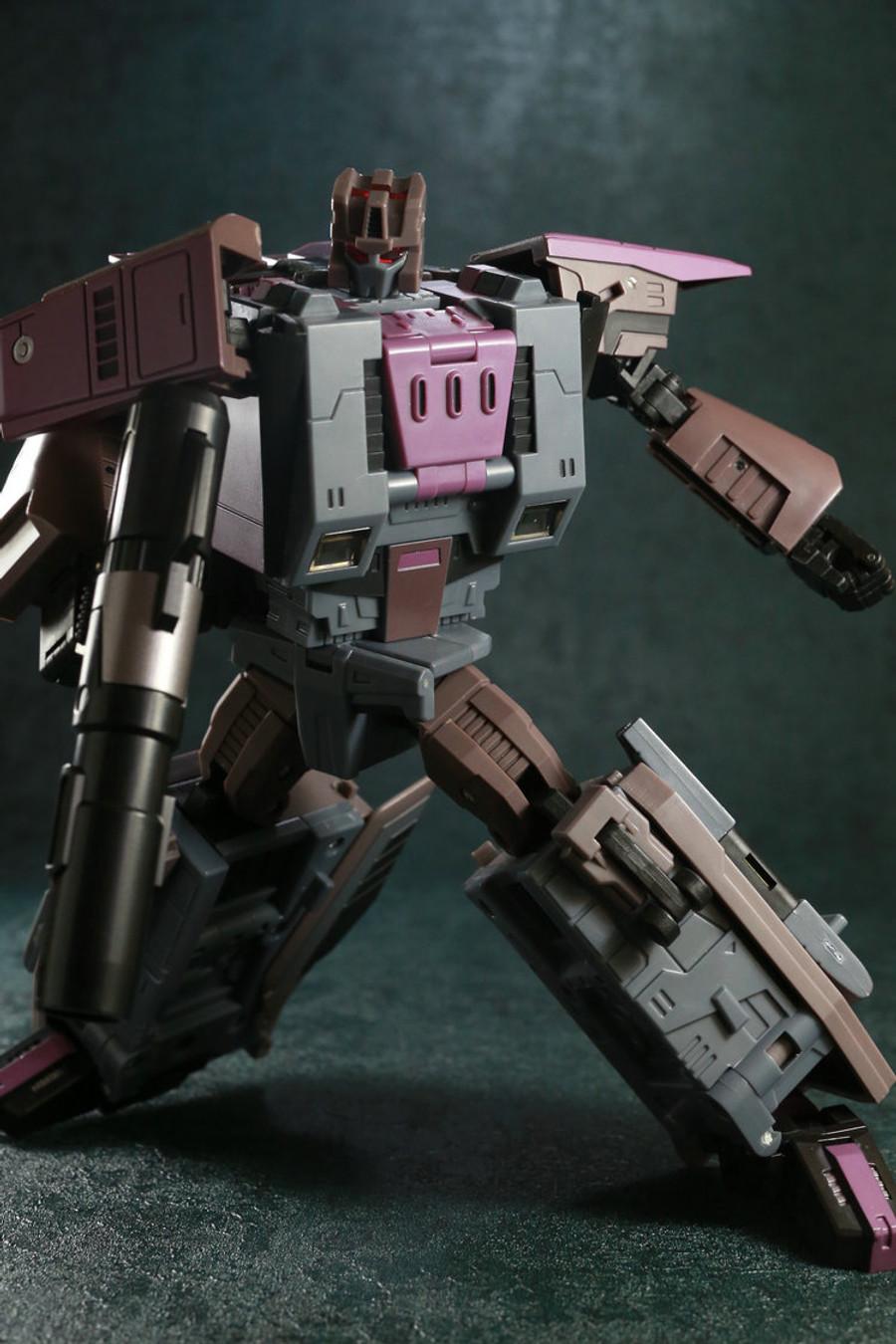 Unique Toys - Ragnaros - M-04 Broodlord Lashlayer